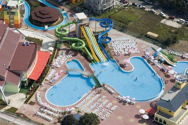 Аквапарк Aqua Planet Приморско Болгария