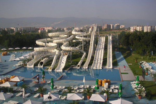 Аквапарк Aqualand Пловдив Болгария