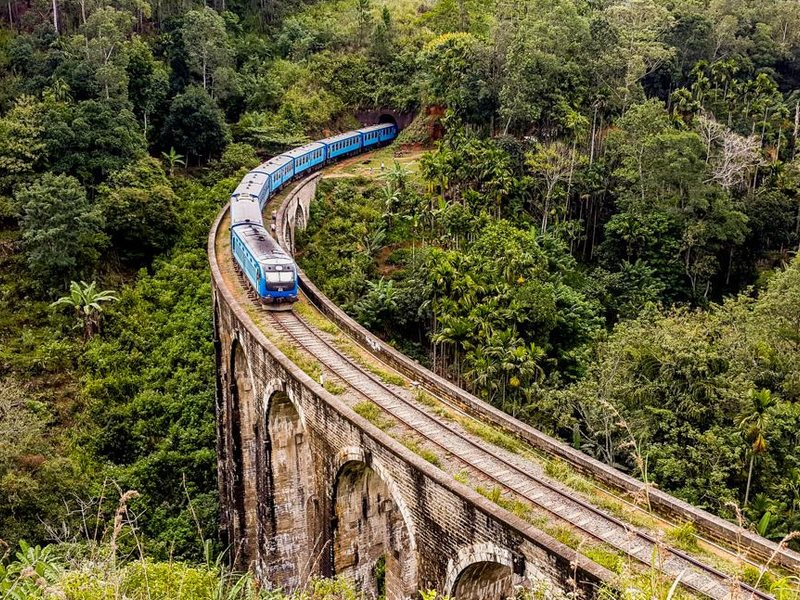 Железнодорожная дорога в Эллу на Шри-Ланке