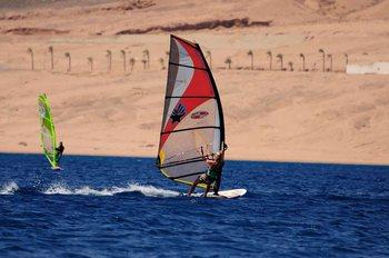 Развлечения в Марса-Алам: серфинг
