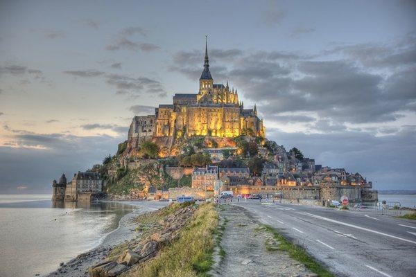 Замок Мон Сен-Мишель, Франция