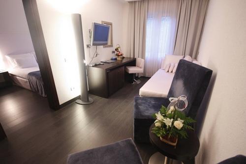 Отель элемент Черногория