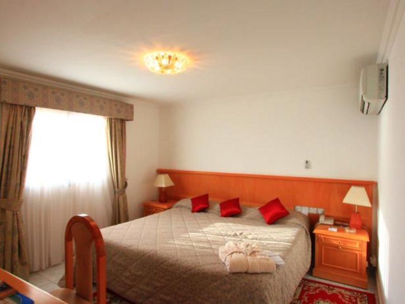 Beach Hotel Sharjah 45503