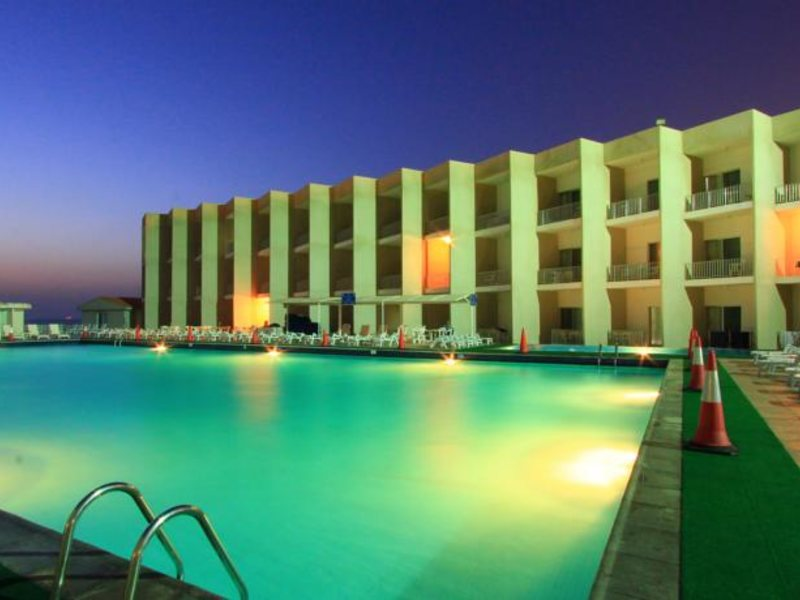 Beach Hotel Sharjah 45504