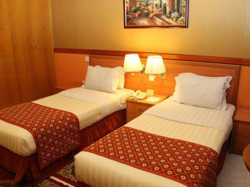 California Hotel 132156