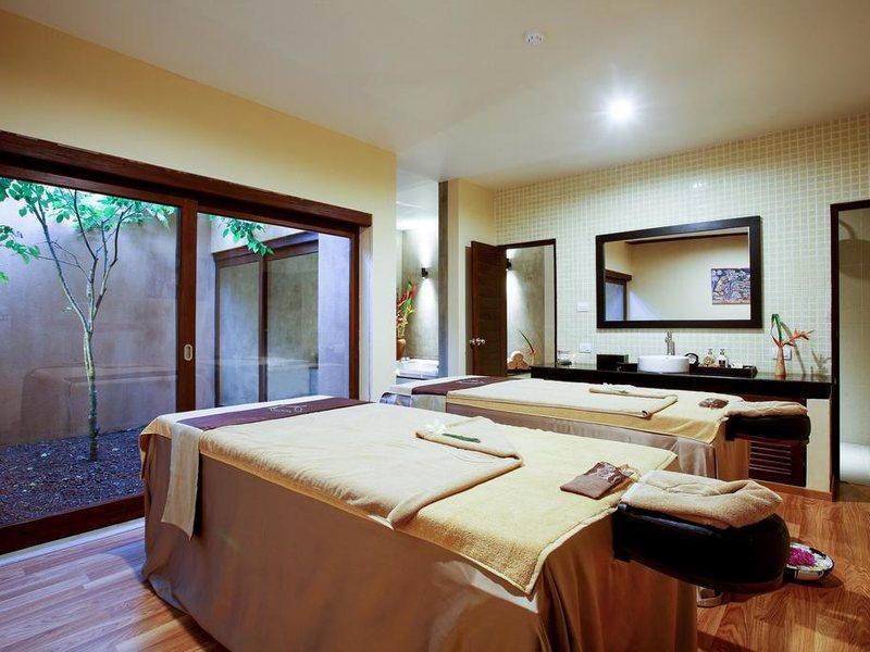 Centara Ceysands Resort & Spa 109000