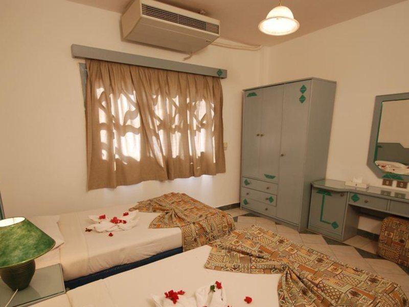 Dive Inn Resort  36481