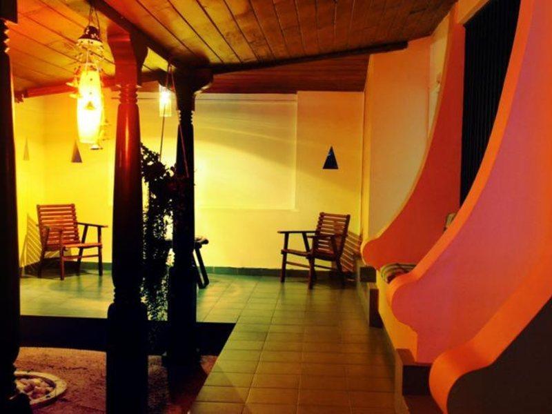 Golden Star Beach Hotel  107563