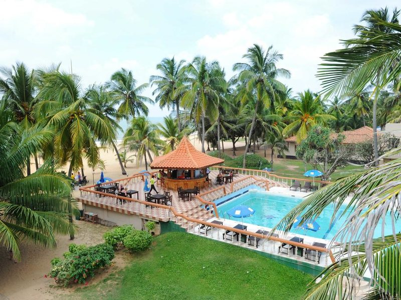 Golden Star Beach Hotel  107582