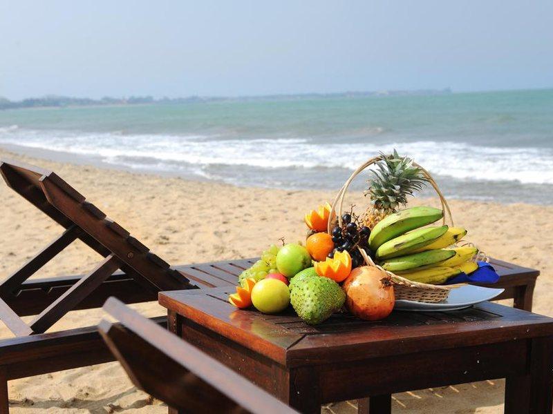 Golden Star Beach Hotel  107584