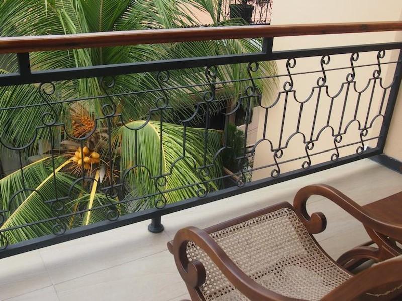 Hotel Flower Garden 107794