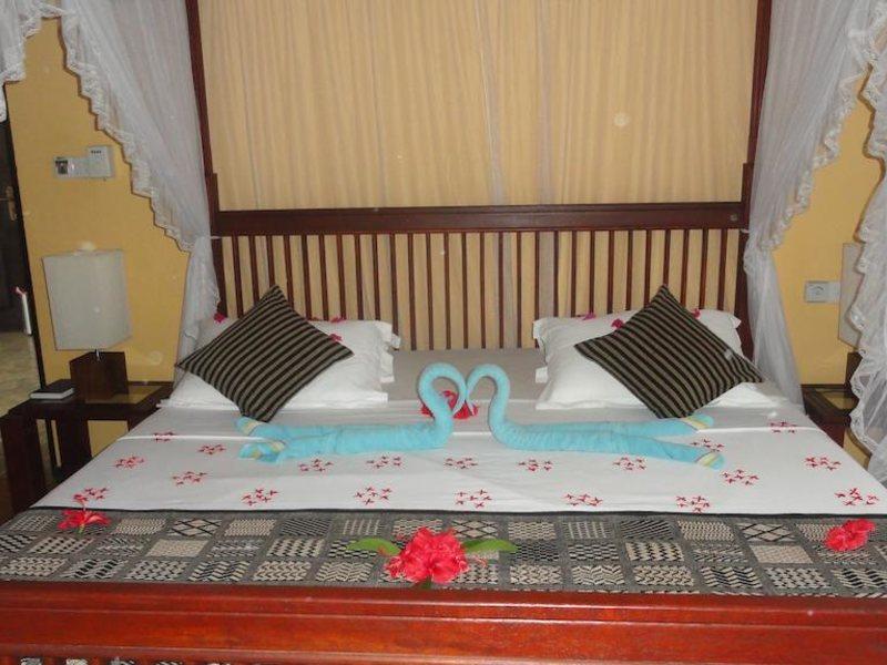 Hotel Flower Garden 107800