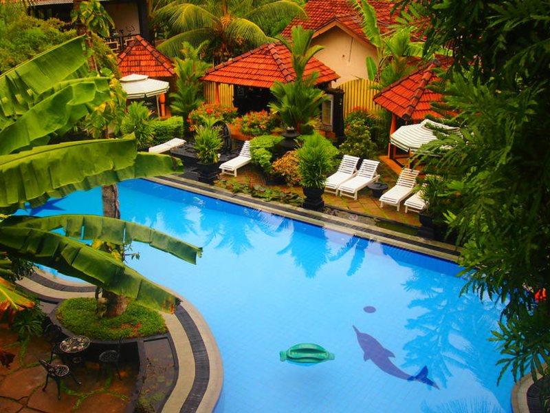 Hotel Flower Garden 107808