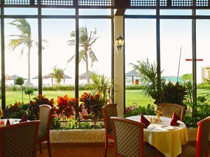 Lou Lou A Beach Resort 118032