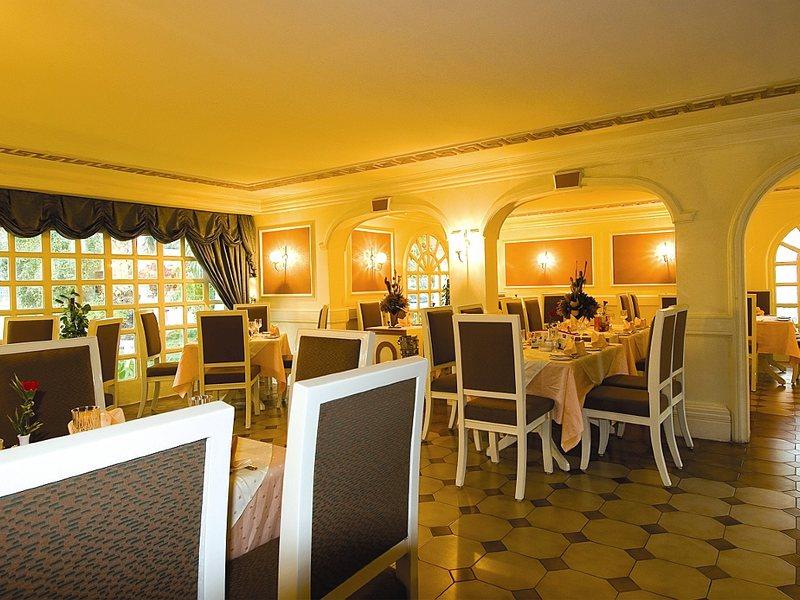 Marbella Resort 48176