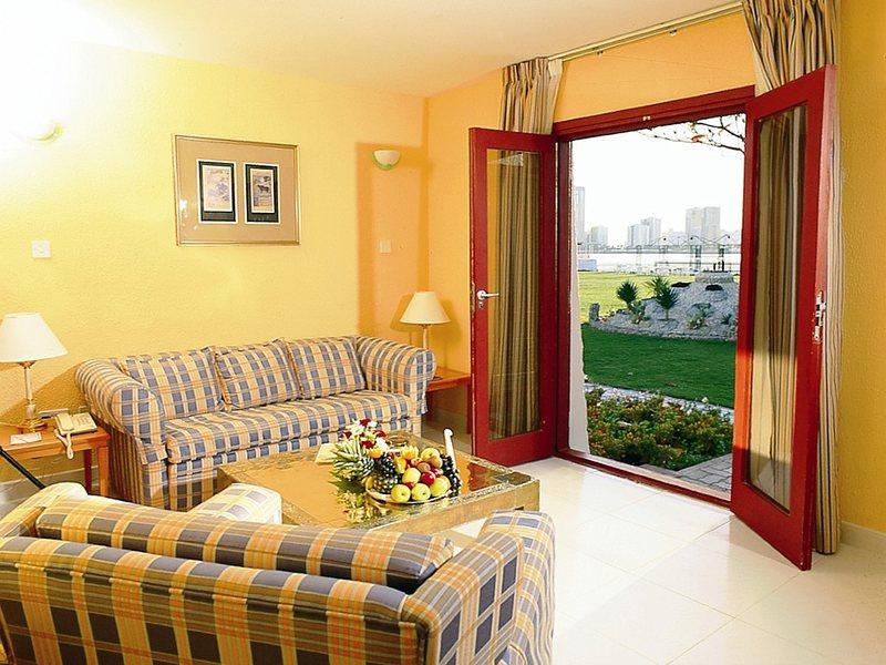 Marbella Resort 48179