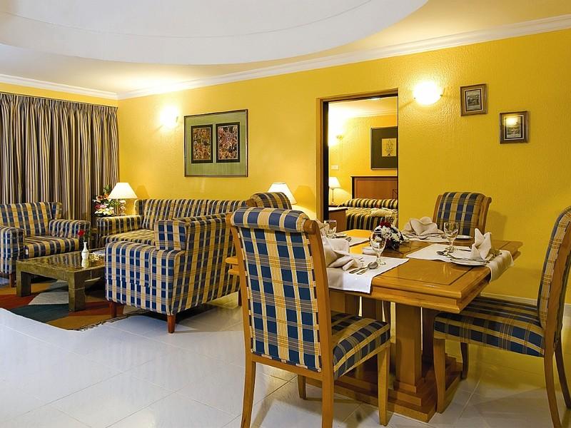 Marbella Resort 48182