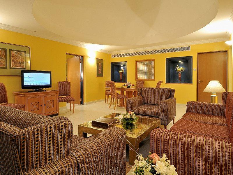 Marbella Resort 48185