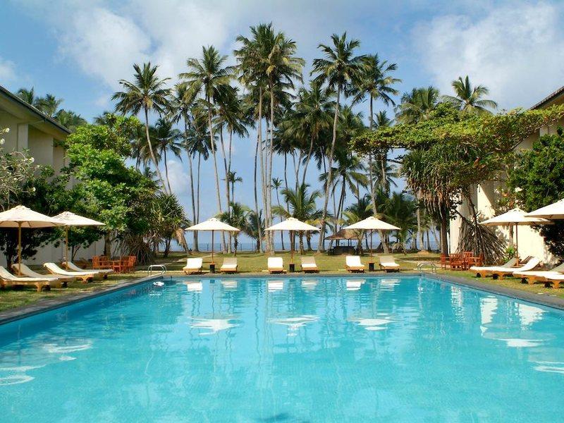 Mermaid Hotel  108070
