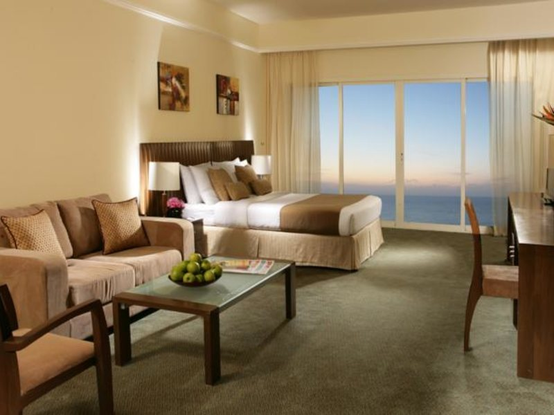 Ramada Beach Hotel Ajman 53811