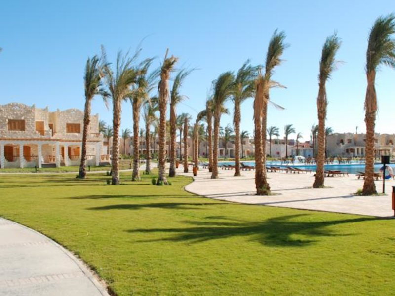 Royal Lagoons Resort 130453