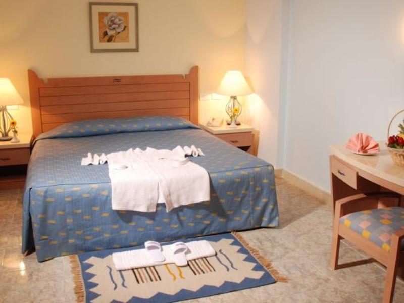 Royal Lagoons Resort 130458