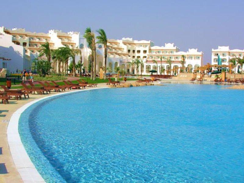 Royal Lagoons Resort 130460