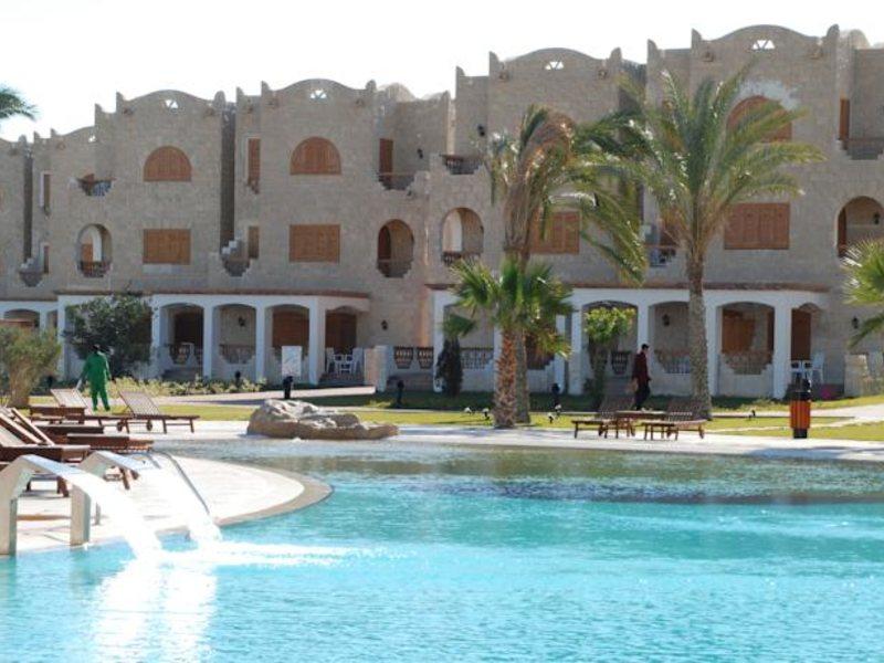 Royal Lagoons Resort 130461