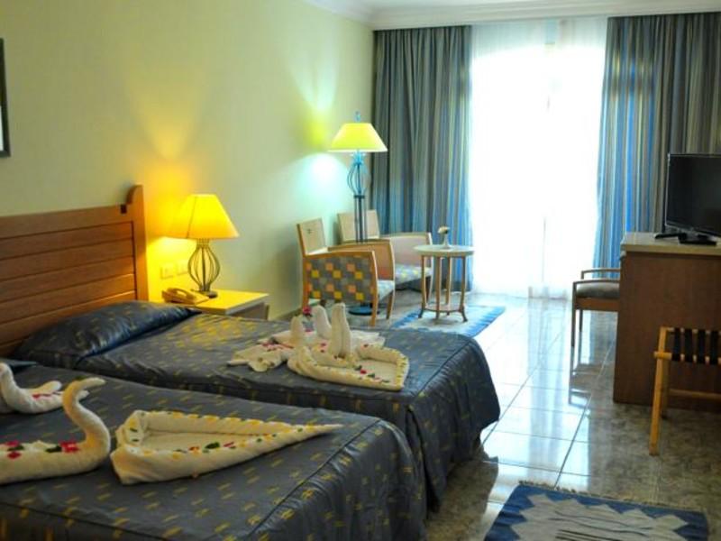 Royal Lagoons Resort 130469