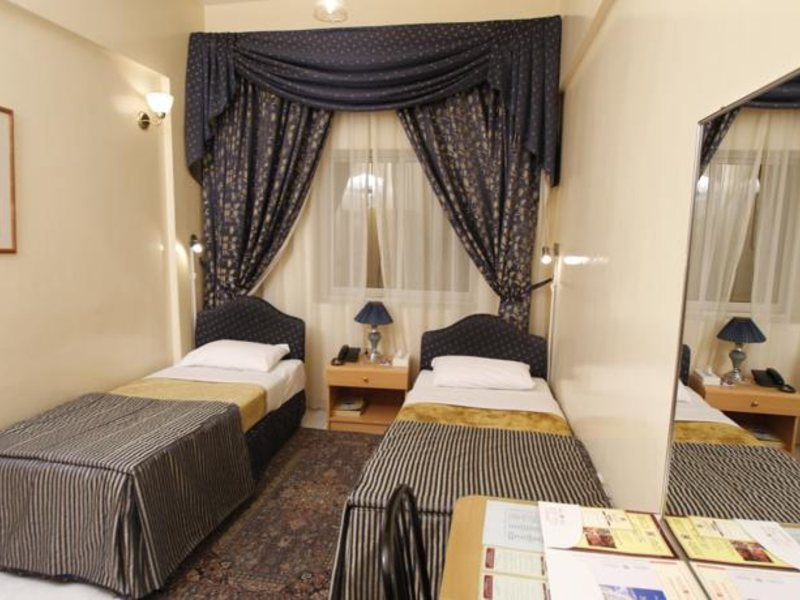 Royalton Hotel 49106