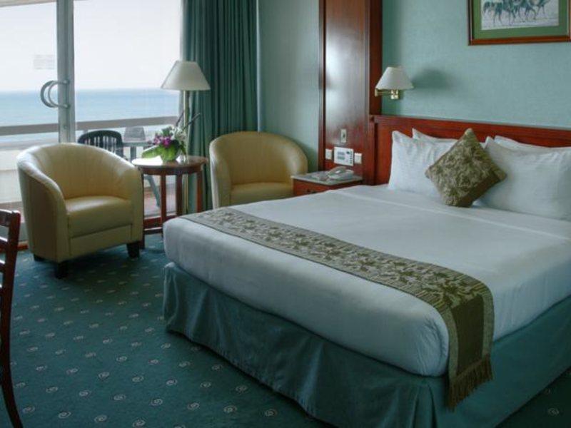 Sharjah Grand Hotel (ex 46607
