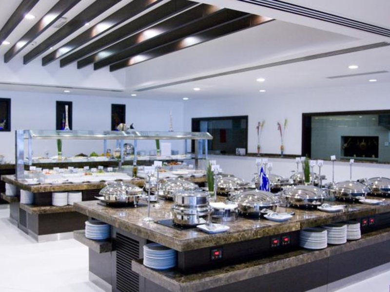 Sharjah Grand Hotel (ex 46608