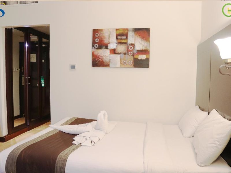 Signature Inn Dubai 299133