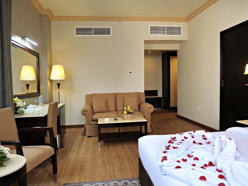 Signature Inn Dubai 299143