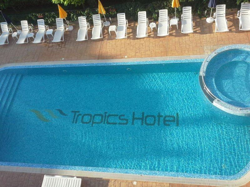 отель тропикс 3 солнечный берег