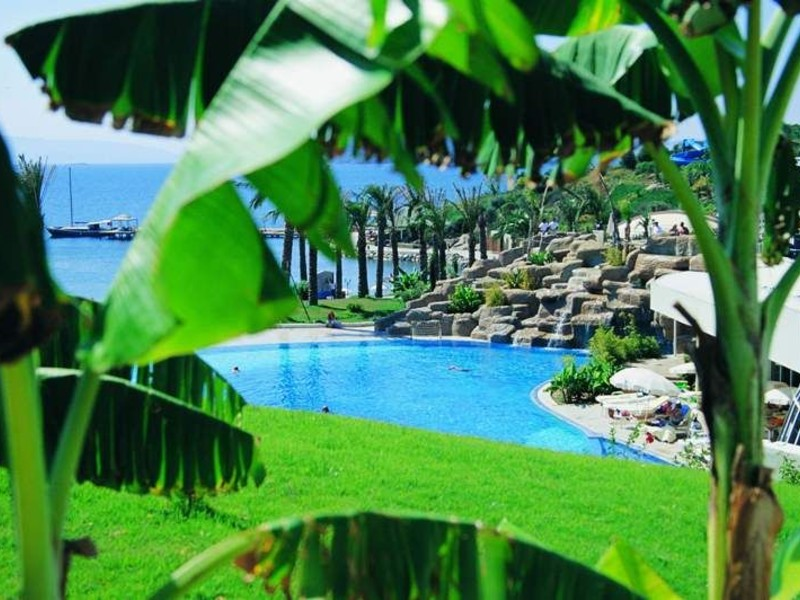Yasmin Bodrum Resort 42800